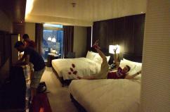 royal-plaza-hotel-room