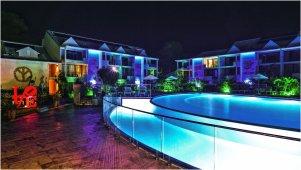 mercure-saint-martin-piscine-nuit