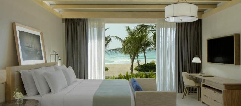 jumeirah-al-naseem-gulf-ocean-suite-bedroom-hero